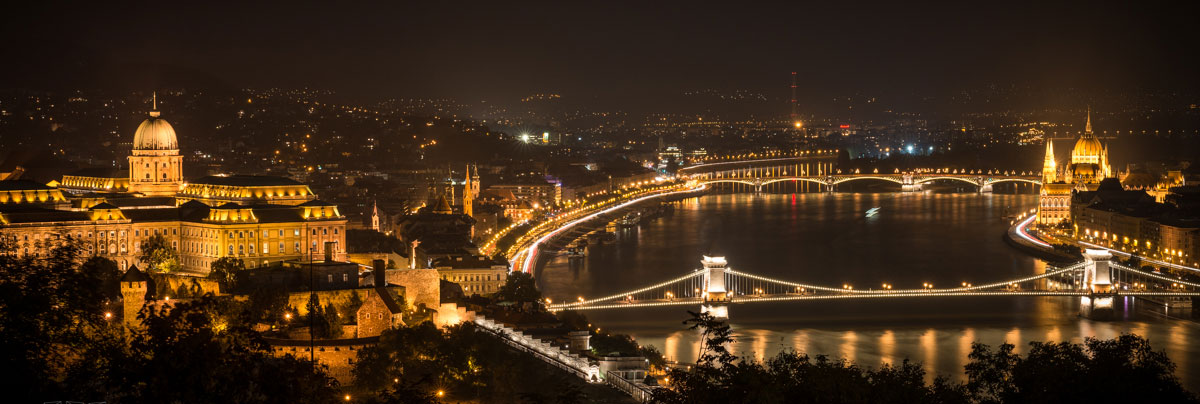apartments budapest view at night 1 - Италия